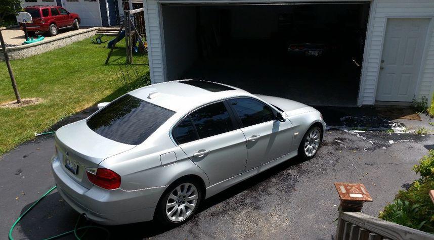 Main photo of Kyle Humbert's 2007 BMW 3 Series