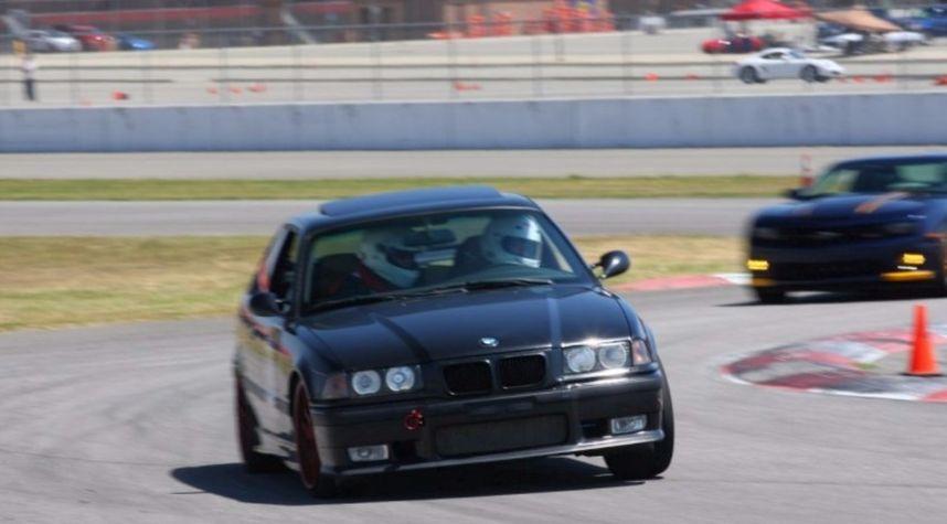 Main photo of Brian Kamak's 1999 BMW M3