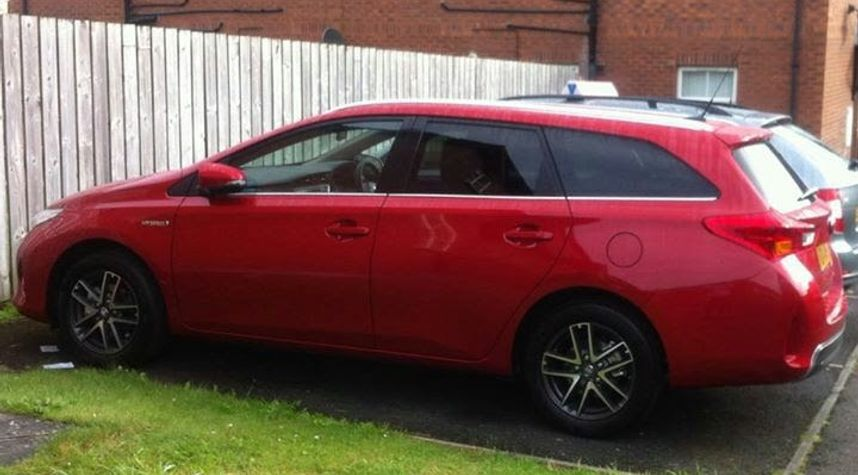 Main photo of Ian Ferguson's 2014 Toyota Auris Touring Sport's