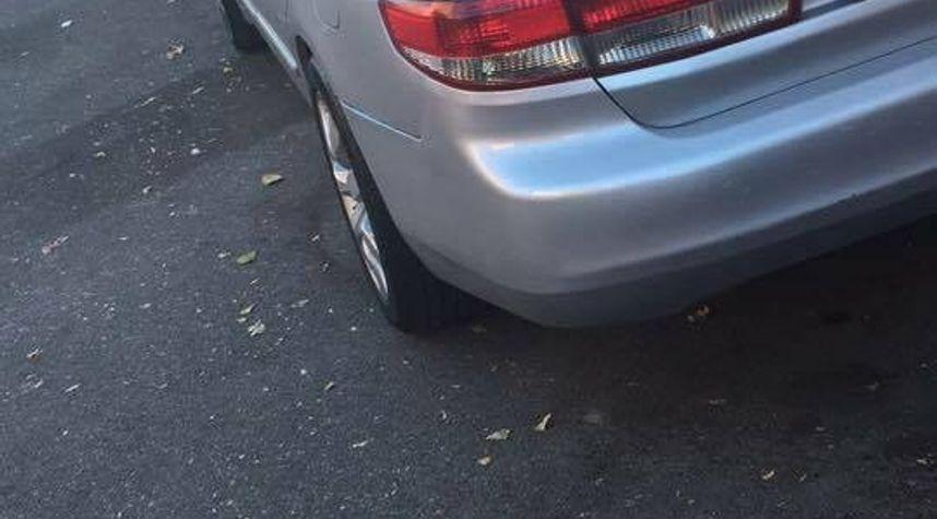 Main photo of DjCorrupted Feliz's 2004 Honda Accord
