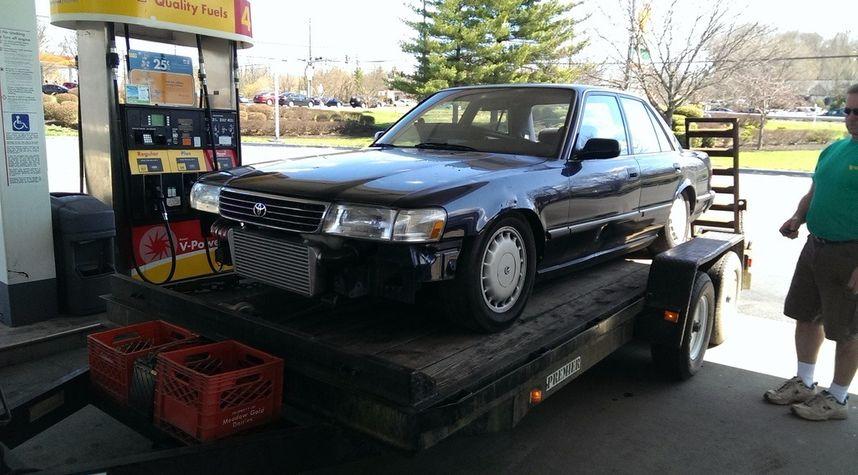 Main photo of Kyle Corwin's 1990 Toyota Cressida