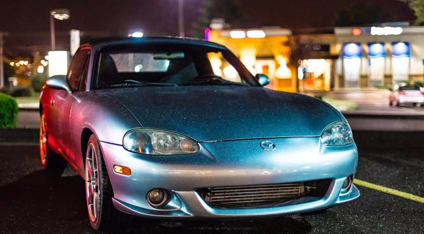 Main photo of Jake Farken's 2004 Mazda MAZDASPEED MX-5 Miata