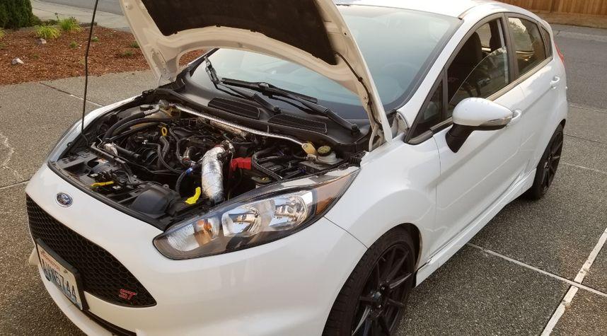 Main photo of Joshua B's 2015 Ford Fiesta