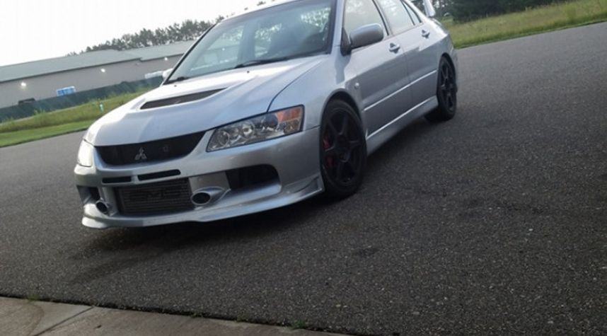 Main photo of Chase Johnson's 2003 Mitsubishi Lancer Evolution