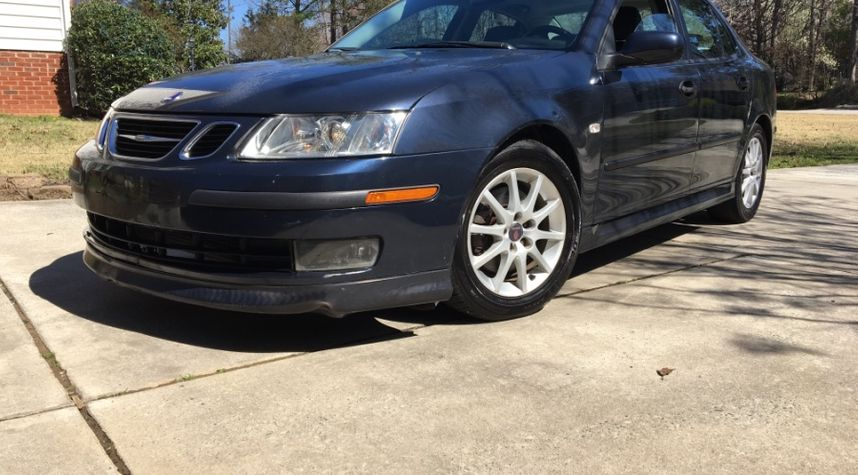 Main photo of Alex Pancamo's 2005 Saab 9-3