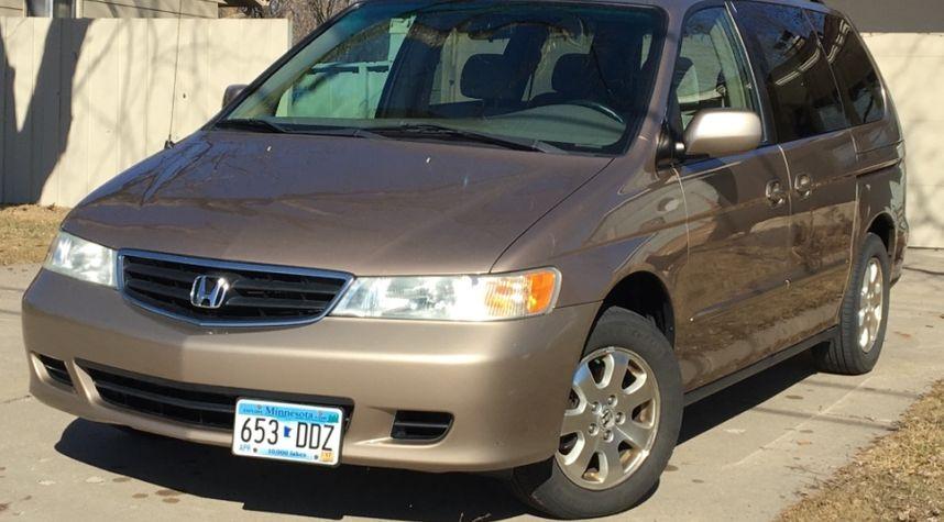 Main photo of Noah Barrett's 2003 Honda Odyssey