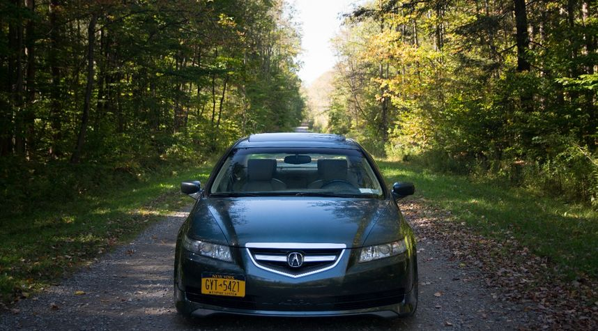 Main photo of Avery Horn's 2004 Acura TL