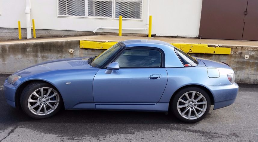 Main photo of Sean Winkler's 2006 Honda S2000