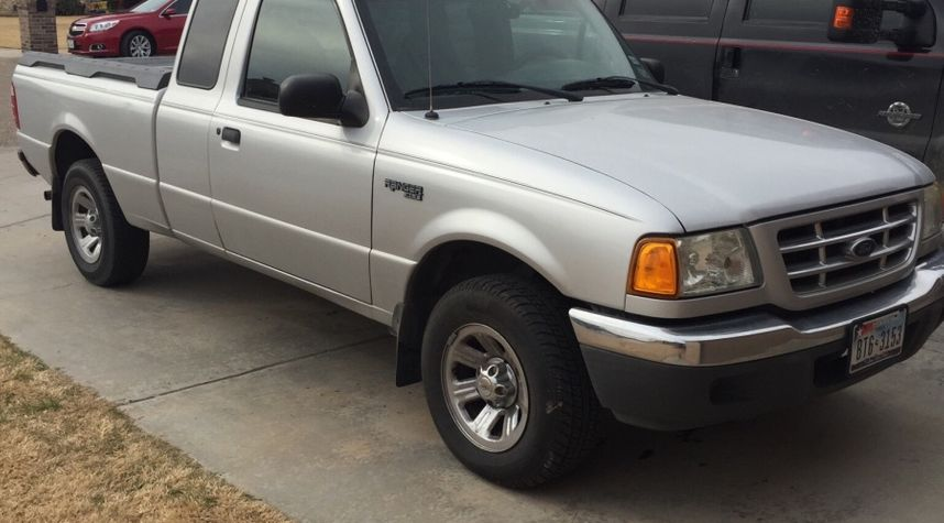 Main photo of Cody  Andrews's 2001 Ford Ranger