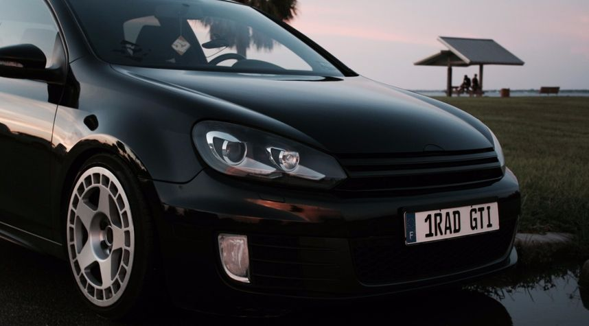 Main photo of Olivier Bellanger's 2010 Volkswagen GTI