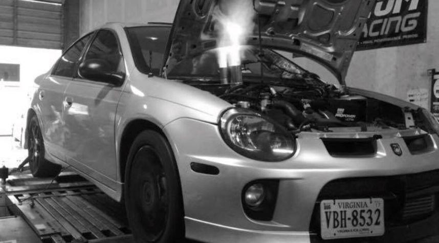 Main photo of Dustin  Hulsey 's 2004 Dodge Neon
