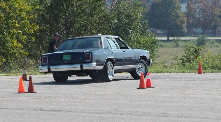 Main photo of John Whitehead's 1985 Ford Crown Victoria