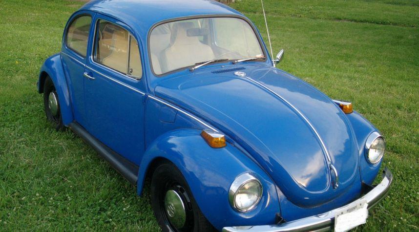 Main photo of Reed DC's 1972 Volkswagen Super Beetle