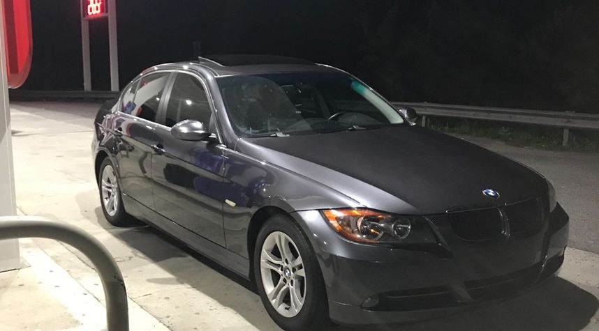 Main photo of Dave Schirling's 2008 BMW 3 Series