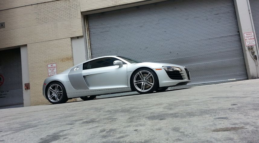 Main photo of Ernesto D.'s 2008 Audi R8