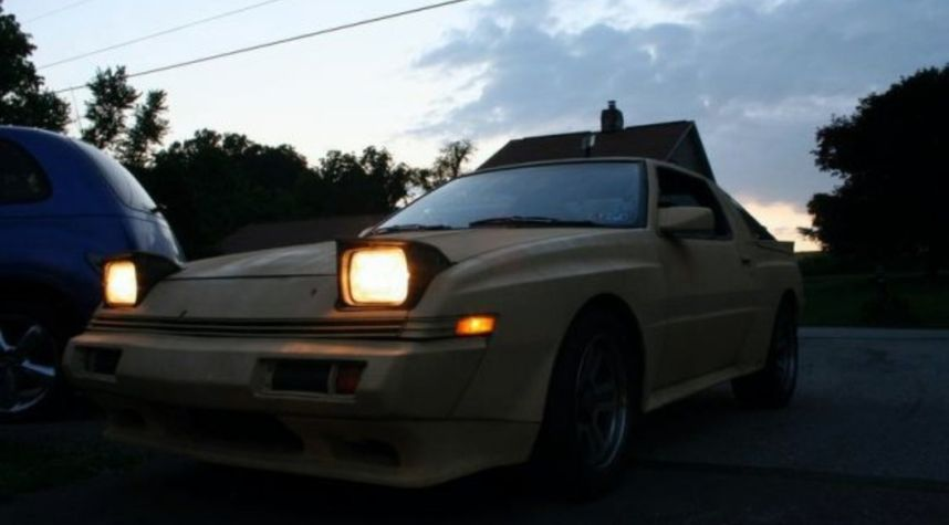 Main photo of Christopher Sauerbaum's 1987 Chrysler Conquest