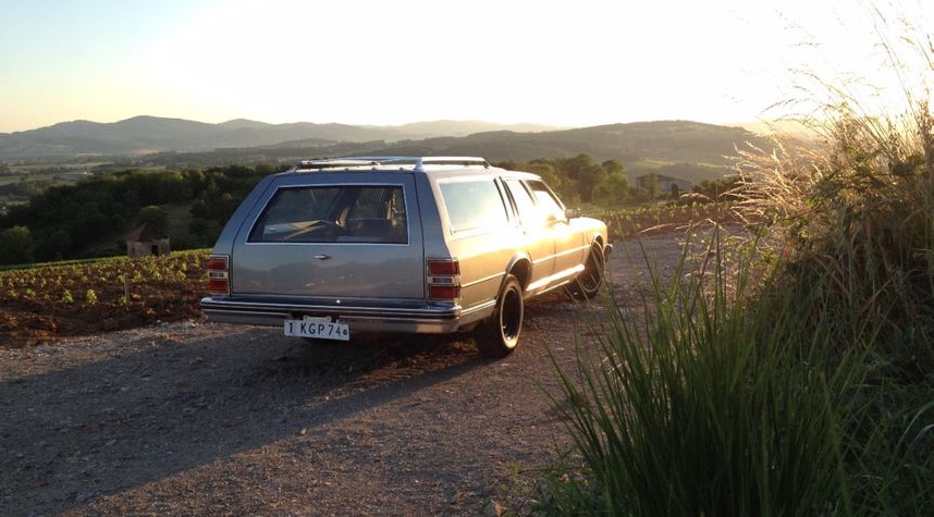 Main photo of Romain Scheibert's 1984 Chevrolet Caprice