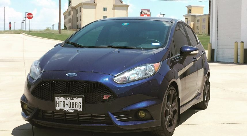 Main photo of Mike Schuster's 2016 Ford Fiesta