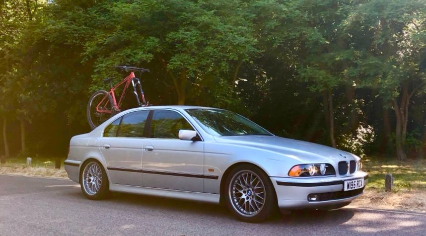 Main photo of Ben Hodges's 2000 BMW 5 Series