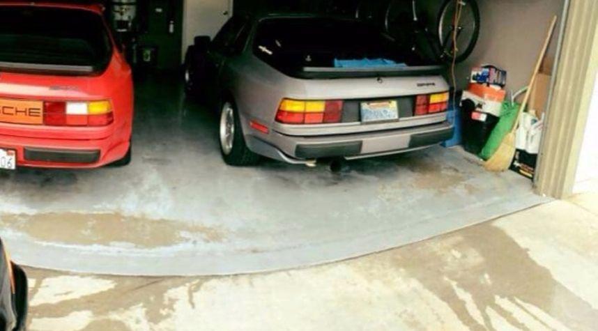 Main photo of Dale Leanoflores's 1987 Porsche 944
