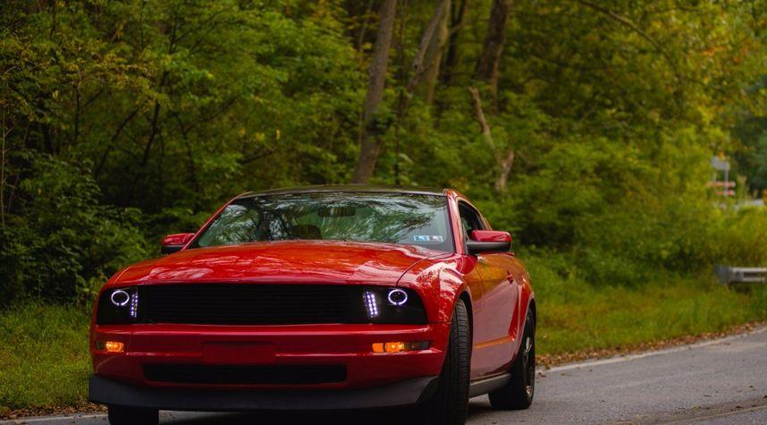 Main photo of Payne Sacks's 2008 Ford Mustang
