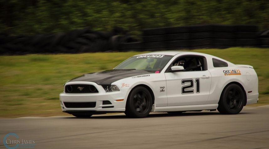 Main photo of Arturo Cortez's 2014 Ford Mustang