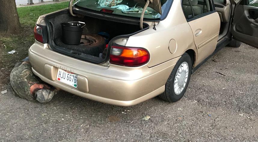 Main photo of Kedric Hubbard's 2003 Chevrolet Malibu