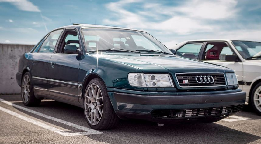 Main photo of Zachary Shaman's 1994 Audi S4