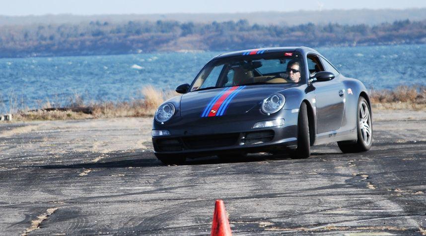 Main photo of Sterling Vernon's 2007 Porsche 911