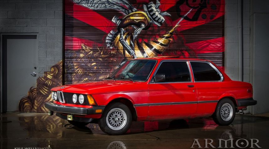 Main photo of James Manning's 1983 BMW 320