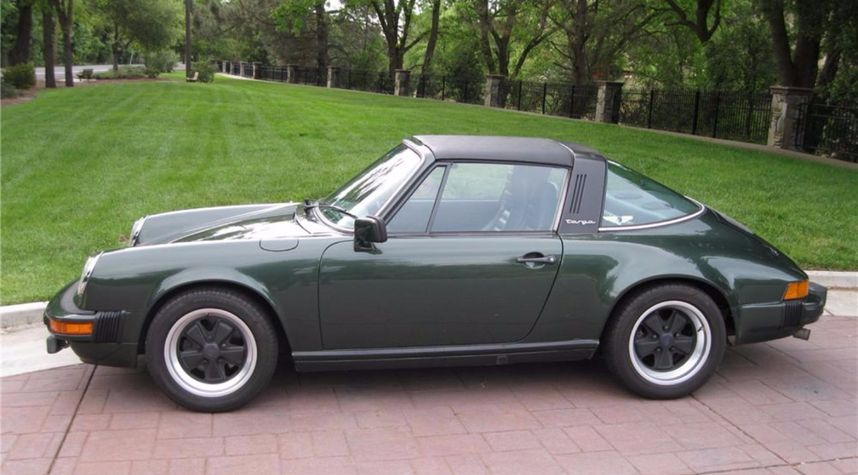 Main photo of Brian Ellis's 1979 Porsche 911